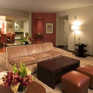 universal-hard-rock-hotel-orlando-holiday-hospitality-suite