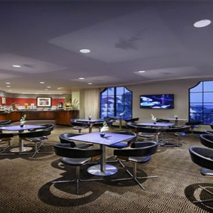 universal-hard-rock-hotel-orlando-holiday-rock-royalty-lounge