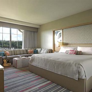 universal-hard-rock-hotel-orlando-holiday-rock-royalty-room-king-size