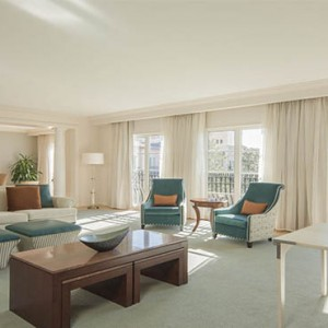 universal-loews-portofino-bay-orlando-holiday-hospitality-parlor-suite
