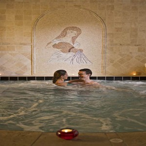 universal-loews-portofino-bay-orlando-holiday-mandara-spa-hot-tub