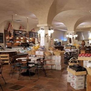universal-loews-portofino-bay-orlando-holiday-sals-market-deli