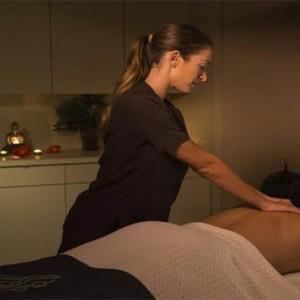 universal-loews-royal-pacific-resort-orlando-holiday-massage