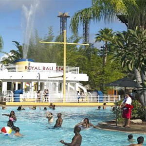 universal-loews-royal-pacific-resort-orlando-holiday-royal-bali-sea-pool