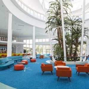 universals-cabana-bay-beach-resort-orlando-holiday-lobby