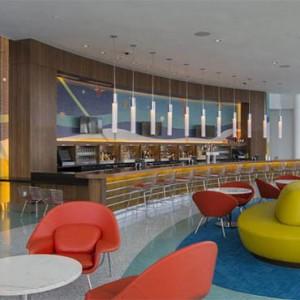 universals-cabana-bay-beach-resort-orlando-holiday-swizzle-lounge