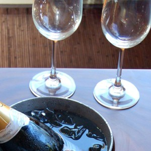 wine-elysian-seminyak-luxury-bali-holidays