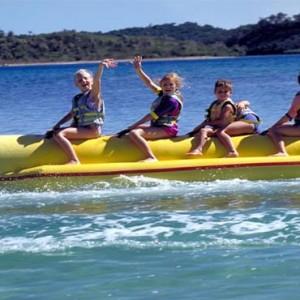 yanuca-island-fiji-holiday-banana-riding
