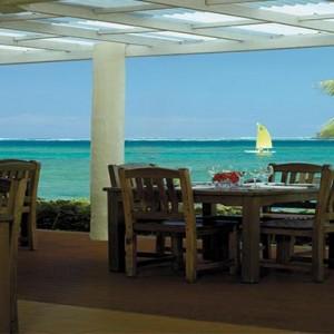 yanuca-island-fiji-holiday-beach-bar-and-grill