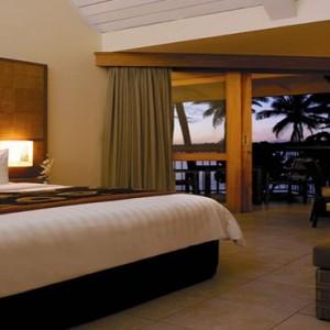 yanuca-island-fiji-holiday-superior-lagoon-family-room