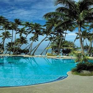 yanuca-island-fiji-holiday-lagoon-pool