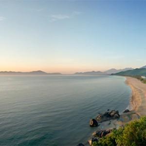 banyan-tree-lang-co-vietnam-holiday-beach