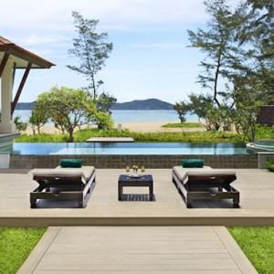 banyan-tree-lang-co-vietnam-holiday-exterior-pool