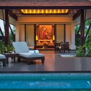 banyan-tree-lang-co-vietnam-holiday-pool