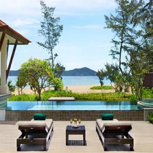 banyan-tree-vietnam-beach-pool-villa-pool