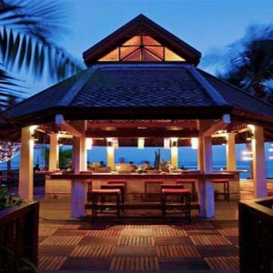 centara-villa-koh-samui-holiday-coral-bar