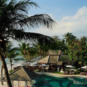centara-villa-koh-samui-holiday-beach-pool