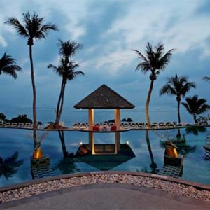 centara-villa-koh-samui-holiday-night-pool