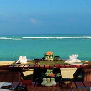 centara-villa-koh-samui-holiday-reef-cafe