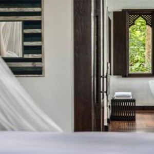 four-seasons-koh-samui-thailand-holiday-beach-front-pool-villa-bathroom