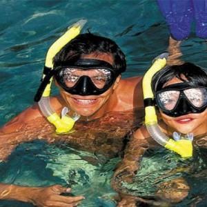 four-seasons-koh-samui-thailand-holiday-snorkelling
