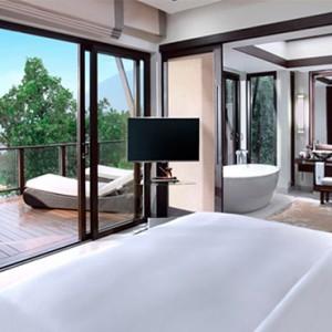 three-bedroom-seaview-hill-pool-villa-bedroom-view