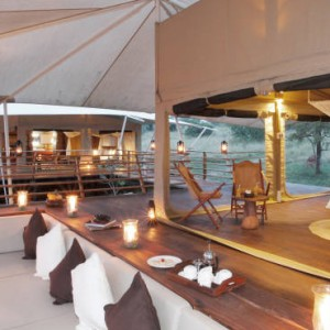 dining-2-serengeti-bushtops-luxury-tanzania-holiday-packages