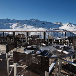 hotel-koh-i-nor-val-thorens-france-holidays-bar-lounge-and-terrace