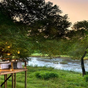 lion-sands-game-reserve-south-africa-narnia-lodge-dining-deck