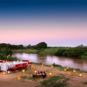 lion-sands-game-reserve-south-africa-river-lodge-outside-dining