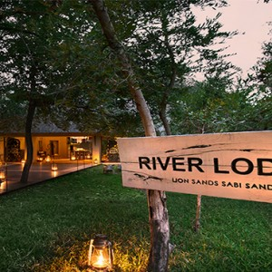 lion-sands-game-reserve-south-africa-river-lodge-welcome