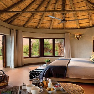 madikwe-safari-lodge-south-africa-holiday-kopano-lodge-suite-exterior