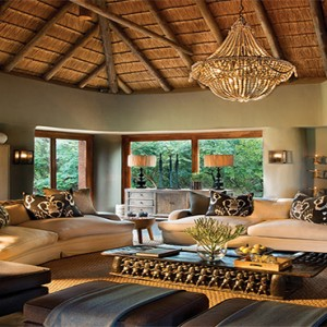 madikwe-safari-lodge-south-africa-holiday-lelapa-lodge-lounge