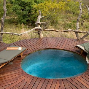 madikwe-safari-lodge-south-africa-holiday-plunge-pool