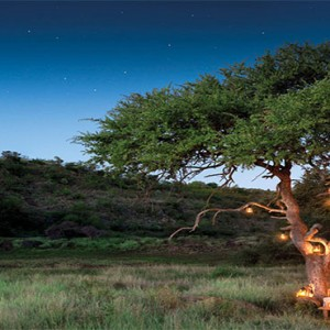 madikwe-safari-lodge-south-africa-holiday-private-dinner