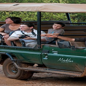 madikwe-safari-lodge-south-africa-holiday-family-safari