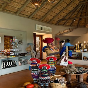 madikwe-safari-lodge-south-africa-holiday-onelife-more-boutique