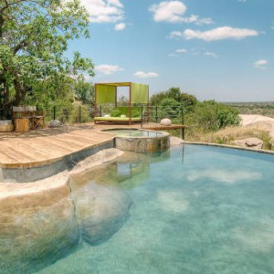 pool-serengeti-bushtops-luxury-tanzania-holiday-packages