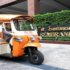 luxury Thailand holiday Packages Rembrandt Hotel Bangkok Taxi In Entrance