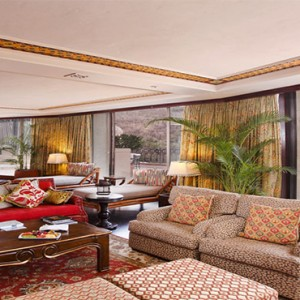 the-palace-of-the-lost-city-south-africa-holidays-african-suite-lounge