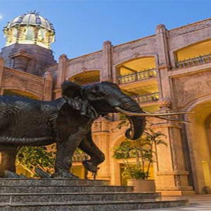 the-palace-of-the-lost-city-south-africa-holidays-exterior-entrance