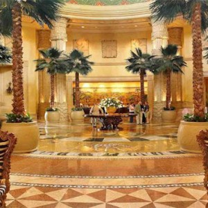 the-palace-of-the-lost-city-south-africa-holidays-lobby