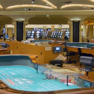 caesars-palace-las-vegas-holiday-casino