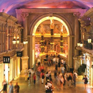 caesars-palace-las-vegas-holiday-shopping