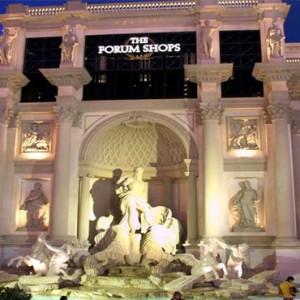 caesars-palace-las-vegas-holiday-the-forum-shop