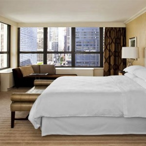 sheraton-times-square-hotel-new-york-holidays-presidential-suite-bedroom
