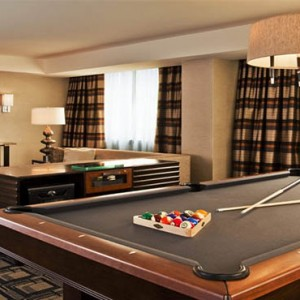 sheraton-times-square-hotel-new-york-holidays-speciality-suite-snooker-pool