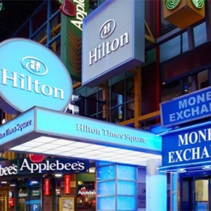 the-hilton-times-square-new-york-holidays-hotel-exterior