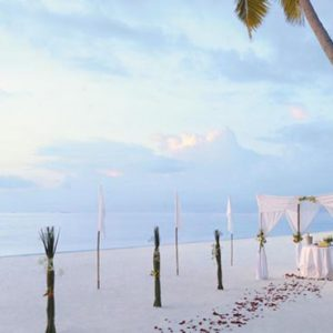 Luxury Maldives Holiday Packages Shangri La's Villingili Resort And Spa Beach Blessing Ceremony Set Up