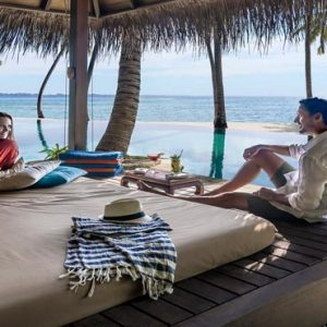 Luxury Maldives Holiday Packages Shangri La's Villingili Resort And Spa Dine By Design Cabana At The Infinity Pool